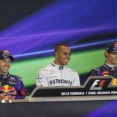 Sonrisas en la sala de prensa