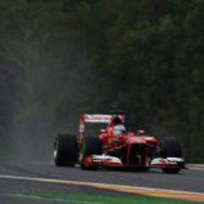 Fernando Alonso naufraga en clasificación