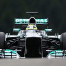 Nico Rosberg rueda en Bélgica