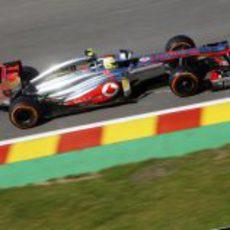 Sergio Pérez clasificó 13º en Spa