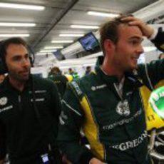 Giedo van der Garde, exhausto tras la clasificación