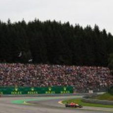 Jules Bianchi rueda con su MR02