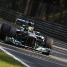 Nico Rosberg termina contento el primer día en Monza