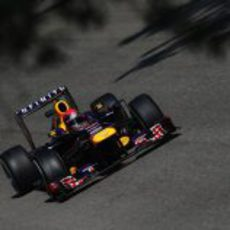Sebastian Vettel comienza dominando en Monza