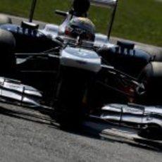 Pastor Maldonado espera mejorar el sábado