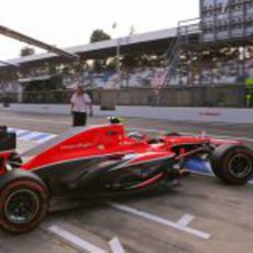 Max Chilton sale del garaje