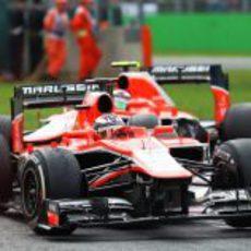 Jules Bianchi afronta una de las 'chicanes' de Monza