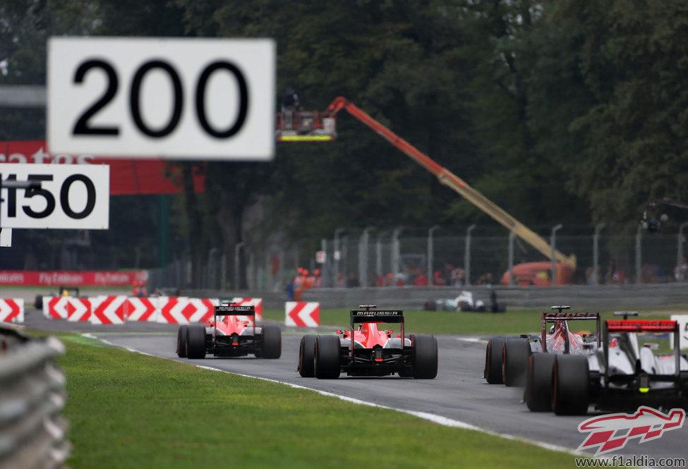 Los dos Marussia ruedan muy cerca en Monza