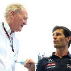Ron Walker y Mark Webber en Singapur