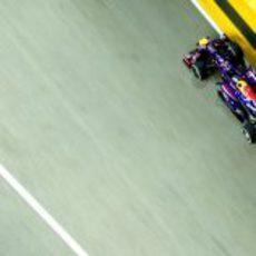 Sebastian Vettel lideró los Libres 2 en Singapur