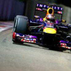 Sebastian Vettel rueda en Singapur