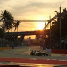 Esteban Gutiérrez sale del 'pit-lane'