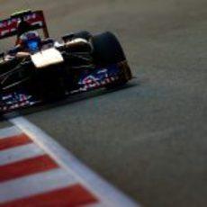 Daniel Ricciardo llega a la Q3 en el GP de Singapur 2013