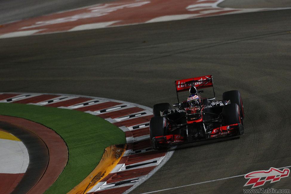 Curva para Jenson Button en Marina Bay