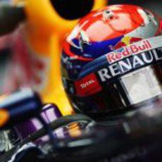 Casco rojo para Sebastian Vettel