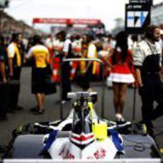 El Williams de Valtteri Bottas, en la parrilla