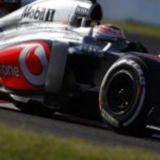 Jenson Button alcanzó la Q3 en Japón