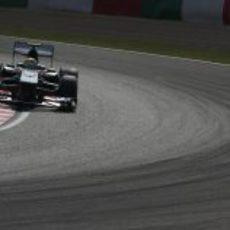Curva en Suzuka para Esteban Gutiérrez