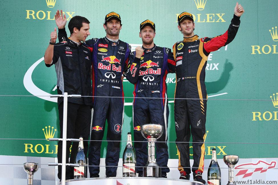 Sebastian Vettel, Mark Webber y Romain Grosjean en el podio