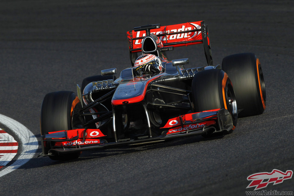 Jenson Button terminó noveno en Japón