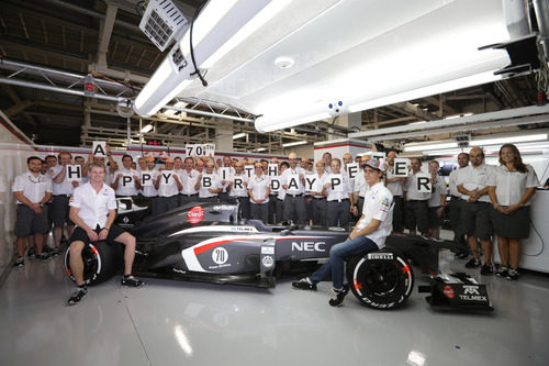 El equipo Sauber celebra el 70 cumpleaños de Peter Sauber
