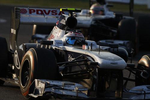 Valtteri Bottas perdió la posición con su compañero al final