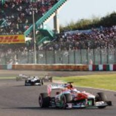 Paul di Resta lidera un gran grupo de monoplazas