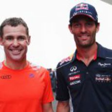 Mark Webber y Tom Kristensen en la India