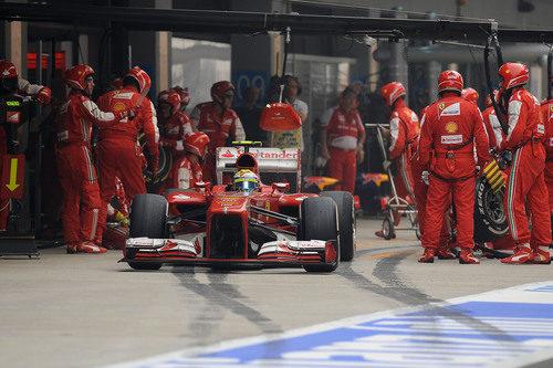 Felipe Massa regresa a la pista tras su parada