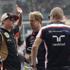Kimi Räikkönen, Sebastian Vettel y Valtteri Bottas antes de la carrera