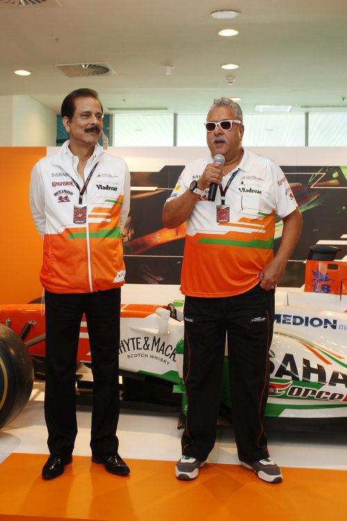 Vijay Mallya disfruta del GP de India 2013
