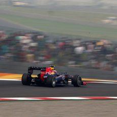 Mark Webber abandonó por un fallo en el alternador