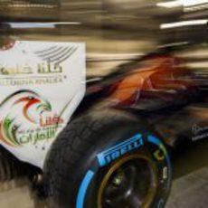 Nuevo logo en la trasera del Toro Rosso