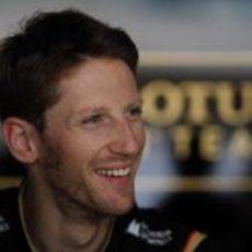 Romain Grosjean, sonriente en Abu Dabi