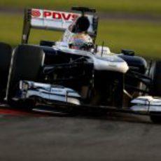 Pastor Maldonado se prepara para el GP de Abu Dabi 2013