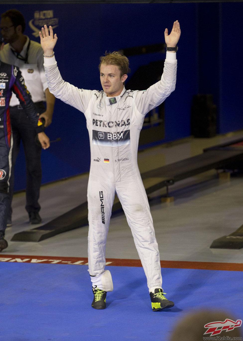 Nico Rosberg celebra su tercer puesto en la clasificación