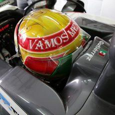 Vista trasera del casco de Esteban Gutiérrez en el Gran Premio de Estados Unidos 2013
