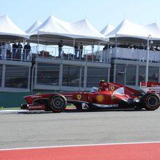 Felipe Massa prueba el compuesto duro