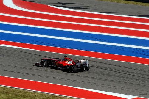 Fernando Alonso lideró la primera sesión de libres en Austin