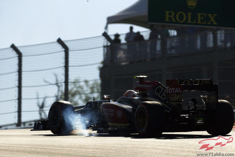Romain Grosjean se pasa de frenada en la primera curva del Circuito de las Américas