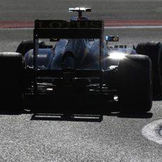 Vista trasera del Lotus E21 de Heikki Kovalainen en Austin