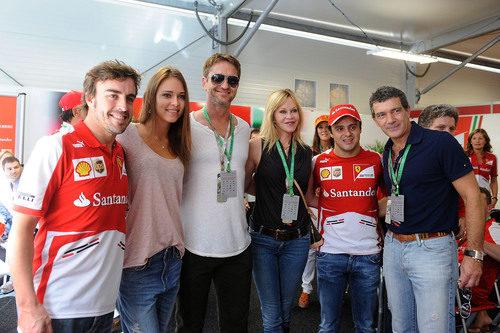 Antonio Banderas, Melanie Griffith y Gerard Butler, invitados de Ferrari