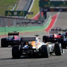 Adrian Sutil llega a la parrilla en la carrera de EE.UU.