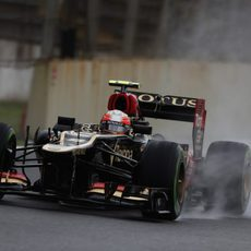 Romain Grosjean mejoró en la segunda sesión