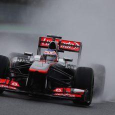 Jenson Button hubiera querido más neumáticos