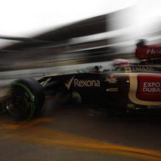 Heikki Kovalainen llega a boxes