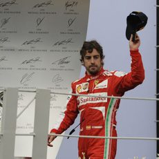 Fernando Alonso sube al podio en Brasil