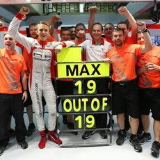 Marussia celebra el récord del debutante Max Chilton