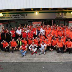 Marussia celebra la décima posición en el mundial de constructores