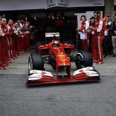 Ferrari despide a Felipe Massa entre aplausos